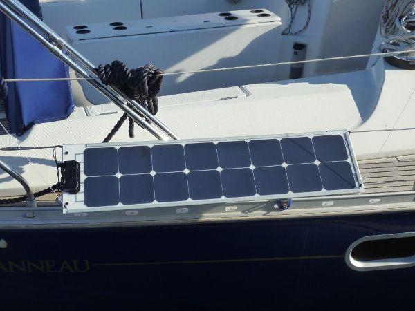 Pannello Solare In Barca : Pannelli fotovoltaici green boat technology